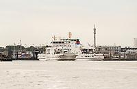 Fähren der Gesellschaft Frisia im Hafen von Norddeich - Norddeich 23.07.2020: Fahrt mit der Nordmeer zu den Seehundbänken