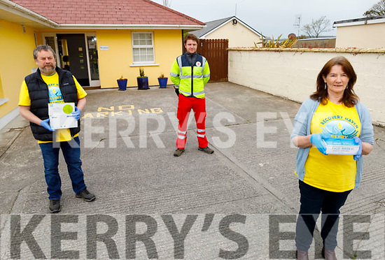 Sharon Villa (Recovery Haven) receives vital supplies from the Tralee Branch of the Irish Red Cross on Friday.<br /> L to r: Kevin Foley, Thomas White (Tralee Branch of the Irish Red Cross) and Sharon Villa (Recovery Haven).