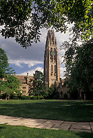 AJ4384, Yale, university, college, tower, New Haven, campus, Connecticut, Yale University, Harkness Tower at the Memorial Quadrangle at Yale University in New Haven in the state of Connecticut.