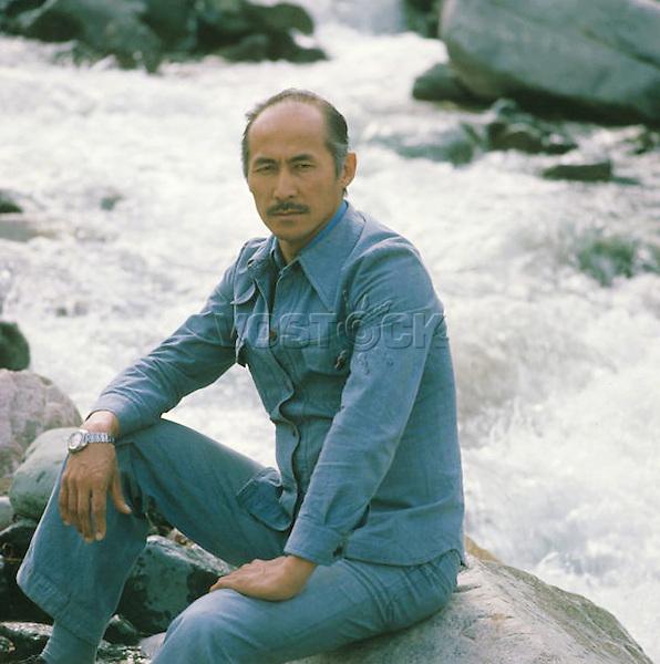 Syuymenkul Chokmorov | Суйменкул Чокморов — советский киргизский актёр кино, художник.