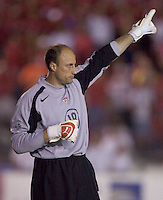 USA's Kasey Keller points downfield against.Panama in the second half in Panama City, Panama, Wednesday, June 8, 2005. The USA won 3-0.