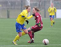 Dames Zulte - Waregem - STVV Sint Truidense VV : Kristien Elsen en Catherine Szynal (rechts).foto DIRK VUYLSTEKE / Vrouwenteam.bee