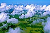 Ceu com nuvens na Amazonia. Amapá. Foto de Juca Martins.