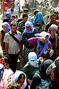 Iraq 2014    <br /> Yezidi crowd on their way to Pesh Kabur  <br /> Irak 2014 <br /> Foule de yezidis sur le chemin de Pesh Kabur