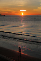 WEATHER PICTURE WALES<br />Pictured: The sun rises over Swansea Bay in Wales, UK. Wednesday 30 November 2016<br />Re: Low temperatures with sunshine in most parts of the UK