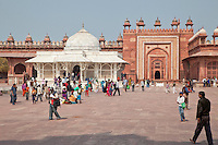 Fatehpur Sikri, Uttar Pradesh, India.  Mausoleum of Sheikh Salim Chishti, inside the courtyard of the Jama Masjid (Dargah Mosque).