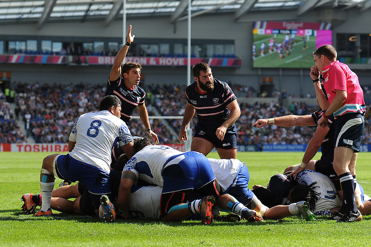 Chris Baumann of USA scores a try during Match 6 of the Rugby World Cup 2015 between Samoa and USA - 20/09/2015 - Brighton Community Stadium, Brighton <br /> Mandatory Credit: Rob Munro/Stewart Communications