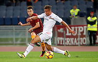 Calcio, Serie A: Roma vs Palermo. Roma, stadio Olimpico, 23 ottobre 2016.<br /> Roma's Stephan El Shaarawy, left, is challenged by Palermo's Alessandro Diamanti during the Italian Serie A football match between Roma and Palermo at Rome's Olympic stadium, 23 October 2016. Roma won 4-1.<br /> UPDATE IMAGES PRESS/Riccardo De Luca