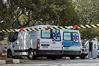 """São Paulo (SP), 20/03/2021 - """"Hospitais de Catástrofe"""" -  Hospital Doutor Arthur Ribeiro de Saboya no Bairro Jabaquara, Zona Sul de São Paulo, na manhã deste sábado (20). O Hospital  está em preparação para atender  somente casos encaminhados de COVID-19, pacientes com outros problemas de saúde ou com sintomas respiratórios serão transferidos ou encaminhados para outras unidades de atendimento.  A Mudança foi anunciada pela Prefeitura da Cidade de São Paulo na última quinta(18)."""