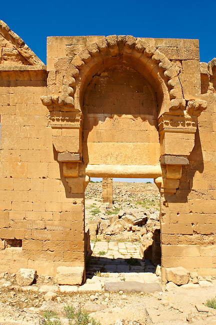 """Pictures of the the ruins of the 8th century University of  Harran, south west Anatolia, Turkey.  Harran was a major ancient city in Upper Mesopotamia whose site is near the modern village of Altınbaşak, Turkey, 24 miles (44 kilometers) southeast of Şanlıurfa. The location is in a district of Şanlıurfa Province that is also named """"Harran"""". Harran is famous for its traditional 'beehive' adobe houses, constructed entirely without wood. The design of these makes them cool inside. 48"""