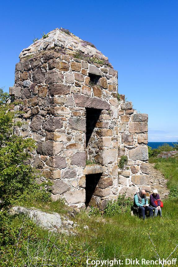 Ruine der Festungsanlagen auf Christiansø, Ertholmene (Erbseninseln) bei Bornholm, Dänemark, Europa<br /> Ruin of fortress on Christiansø, Ertholmene, Isle of Bornholm Denmark