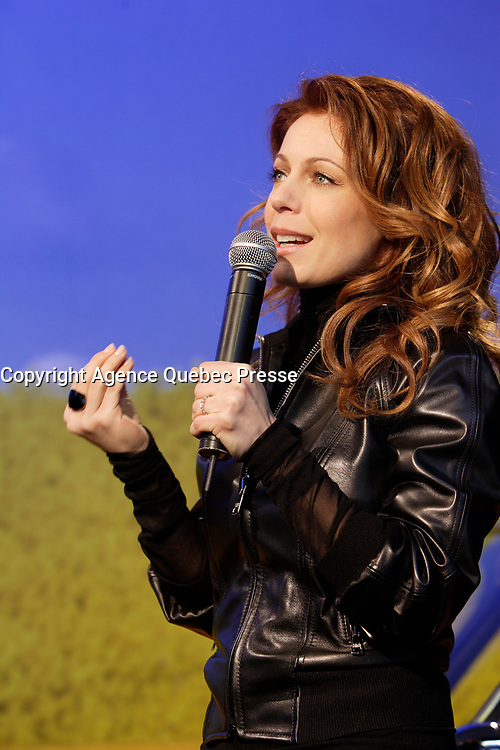 Montreal (Qc) CANADA - February 27, 2008 -<br /> <br /> Quebec Singer Isabelle Boulay launch her new album : Nos Lendemains that was recorded in Paris in 2007<br /> ,February 27, 2008  at the Saint-Denis Theater in Montreal, Canada.<br /> <br /> Photo (c) Pierre Roussel - Images Distribution