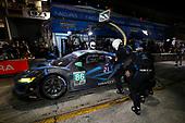 #86 Meyer Shank Racing w/ Curb-Agajanian Acura NSX GT3, GTD: Mario Farnbacher, Trent Hindman, Justin Marks, pit stop