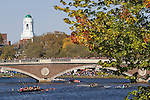 Boston, Rowers, 2006 Head of the Charles Regatta, Cambridge, Massachusetts, USA. Saturday October 21, 2006, Club Eights Men, Rowers on the Charles River beneath the Weeks Footbridge, Harvard University,