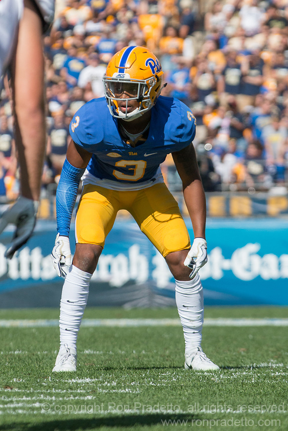 Pitt defensive back Damar Hamlin. The North Carolina Wolfpack defeated the Pitt Panthers 35-17 at Heinz Field, Pittsburgh, PA on October 14, 2017.