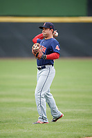 Salem Red Sox shortstop Chad De La Guerra (18) during warmups before the first game of a doubleheader against the Potomac Nationals on May 13, 2017 at G. Richard Pfitzner Stadium in Woodbridge, Virginia.  Potomac defeated Salem 6-0.  (Mike Janes/Four Seam Images)