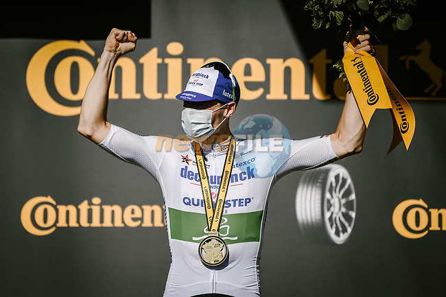 Irish Champion Sam Bennett (IRL) Deceuninck-Quick Step wins Stage 10 of Tour de France 2020, his maiden victory in the Tour, running 168.5km from Ile d'Oléron to Ile de Ré, France. 8th September 2020.<br /> Picture: ASO/Pauline Ballet | Cyclefile<br /> All photos usage must carry mandatory copyright credit (© Cyclefile | ASO/Pauline Ballet)