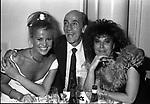 PRINCIPE ALESSANDRO  DADO  RUSPOLI CON CARMEN MANZANO E PATRIZIA DE BLANCK<br /> HOTEL BYRON ROMA 1988