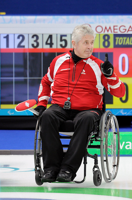 Darryl Neighbour, Vancouver 2010 - Wheelchair Curling // Curling en fauteuil roulant.<br /> Team Canada competes in Wheelchair Curling // Équipe Canada participe en curling en fauteuil roulant. 17/03/2010.
