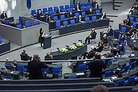Deutscher Bundestag gedenkt am Internationalen Holocaustgedenktag der Opfer des Nationalsozialismus.<br /> Im Bild: Marina Weisband, Publizistin, sie kam als Kind im Zuge der Regelung fuer Kontingentfluechtlinge aus der Ukraine nach Deutschland haelt die Gedenkrede.<br /> 27.1.2021, Berlin<br /> Copyright: Christian-Ditsch.de