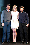 Tom Cruise, Christopher McQuarrie and Rosamund Pike, Jan 09, 2013 : 2013, January 9th, Tokyo, Japan: Tom Cruise, Christopher McQuarrie and Rosamund Pike appear at the press conference in The Ritz Carlton Hotel Tokyo on Wednesday 9th January 2013. Tom Cruise is visiting to promote his latest movie Jack Reacher entitled Outlaw for the Japanese market. Cruise flew in on a private jet but this didn't stop many fans and press making it there to greet him. As ever he was all smiles with the Japanese media and remains very popular here. (Photo by Yumeto Yamazaki/Nippon News)