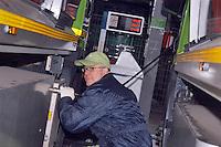 - refueling station for the fleet of garbage trucks  methane gas propelled of AMSA of Milan (Milan Company for Environmental Services)....- stazione di rifornimento per la flotta di camion per la raccolta di rifiuti  alimentata a gas metano dell'AMSA di Milano (Azienda Milanese per i Servizi Ambientali)