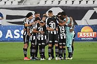 Rio de Janeiro (RJ), 08/02/2021 - Botafogo-Grêmio - Jogadores do Botafogo,durante partida contra o Grêmio,válida pela 35ª rodada do Campeonato Brasileiro,realizada no Estádio Nilton Santos (Engenhão), na zona norte do Rio de Janeiro,nesta segunda-feira (08).
