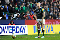 Tom Homer of London Irish prepares to take a penalty kick during the Aviva Premiership match between London Irish and Saracens at the Madejski Stadium on Saturday 9th February 2013 (Photo by Rob Munro)