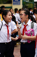 Le dernier jour de classe avant les vacances du TET en janvier 2020, Nha Trang, Vietnam<br />  par Roussel Fine Art Photo