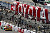 Monster Energy NASCAR Cup Series<br /> Toyota Owners 400<br /> Richmond International Raceway, Richmond, VA USA<br /> Sunday 30 April 2017<br /> Kyle Busch, Joe Gibbs Racing, M&M's Toyota Camry<br /> World Copyright: Nigel Kinrade<br /> LAT Images<br /> ref: Digital Image 17RIC1nk11599