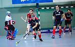 MANNHEIM, DEUTSCHLAND, FEBRUAR 01: Viertelfinale in der 1. Hockey Bundesliga der Herren, Hallensaison 2013/2014. Begegnung zwischen dem Mannheimer HC (blau) und RW Köln (rot) am 01. Februar, 2013 in der Irma-Röchling-Halle in Mannheim, Deutschland. Endstand 4-6. (4-1) (Photo by Dirk Markgraf / www.265-images.com) *** Local caption *** #19 Stephan Bernatek vom Mannheimer HC