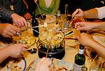 ©Paul Trummer, Mauren / FL, www.travel-lightart.com, Fondueplausch, cheese, Cheese-Fondue, food, food stuff, food stuffs, foodstuffs, milk product, milk products, Ernährung, Esswaren, Käse, Käse-Fondue, Lebensmittel, Milchprodukt, Milchprodukte, Molkereiprodukt, Molkereiprodukte, Nahrungsmittel, Schweizer Käse, Aktivität, Aktivitäten, Essen, Fitness, Freizeit, Freizeitaktivität, Freizeitaktivitäten, Futtern, hobbies, hobby, Nahrungsaufnahme, spass, Speisen, tafeln, active, activities, activity, eat, Eating, freetime, leisure, leisure time, to eat, dinner table, furniture, interior decorating, objects, things, Dinge, Esstisch, Esstische, Eßtisch, Eßtische, Gegenstand, Gegenstände, Interieur, Möbel, Raumausstattung, Raumausstattungen, Sachen, Backware, Backwaren, Brot, Brote, Brotlaib, Brotlaibe, Gebäck, Keingebäck, Konditor, Konditorwaren, Weissbrot, Weissbrote, Weißbrot, Weißbrote, bread, bread cakes pastries, white bread, white breads, bodies, body, folks, hand, hands, human, human being, human beings, human bodies, human body, humans, living being, parts of body, people, person, persons, Haende, Hände, Koerper, Körper, Körperteil, Körperteile, Lebewesen, Leute, Mensch, Menschen, Personen, Europe, Geography, Liechtenstein, Schellenberg, Europa, Geografie