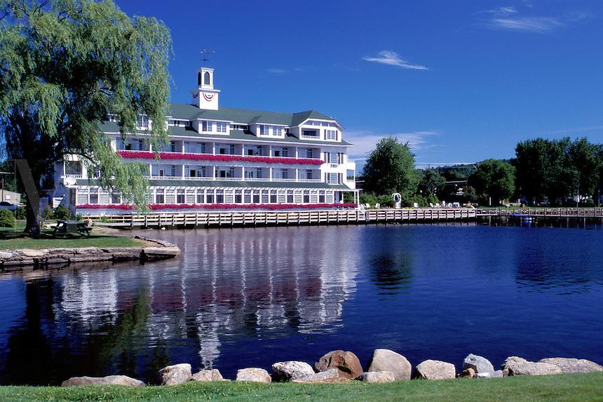 resort, New Hampshire, inn, lodge, hotel, Meredith, NH, The Inn at Mill Falls on Lake Winnipesaukee.
