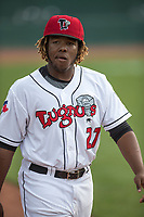 Lansing Lugnuts designated hitter Vladimir Guerrero Jr. (27) warms up before the Midwest League baseball game against the Bowling Green Hot Rods on June 29, 2017 at Cooley Law School Stadium in Lansing, Michigan. Bowling Green defeated Lansing 11-9 in 10 innings. (Andrew Woolley/Four Seam Images)
