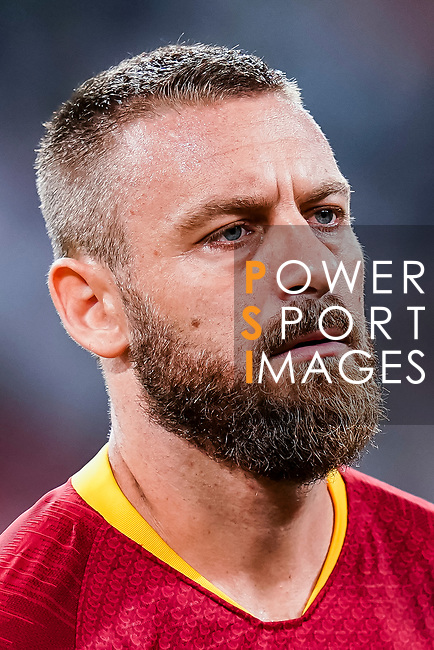 Daniele De Rossi of Roma reacts prior to the UEFA Champions League 2018-19 match between Real Madrid and Roma at Estadio Santiago Bernabeu on September 19 2018 in Madrid, Spain. Photo by Diego Souto / Power Sport Images