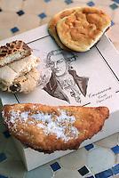 France/2A/Corse du Sud/Corte: Spécialités de la Patisserie Casanova , Canistrelli à l'anis, Chausson au Broccio…