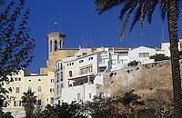 Europe/Espagne/Baléares/Minorque/Mahon : La vieille ville et l'église Santa-Maria fondée par les conquérants catalans en 1287 elle fut rénovée au XVIII° siècle dans le style néo-classique