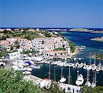 Spain, Balearic Islands, Menorca, Puerto Addaya: Harbour and Town | Spanien, Balearen, Menorca, Puerto Addaya: Stadt und Hafen an der Nordost-Kueste