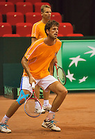 09-09-13,Netherlands, Groningen,  Martini Plaza, Tennis, DavisCup Netherlands-Austria, DavisCup,   Training, Robin Haase on the background Captain Jan Siemerink (NED)<br /> Photo: Henk Koster