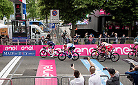 Tim Merlier (BEL/Alpecin-Fenix) wins the first bunch sprint of the 2021 Giro<br /> <br /> 104th Giro d'Italia 2021 (2.UWT)<br /> Stage 2 from Stupinigi to Novara (179km)<br /> <br /> ©kramon