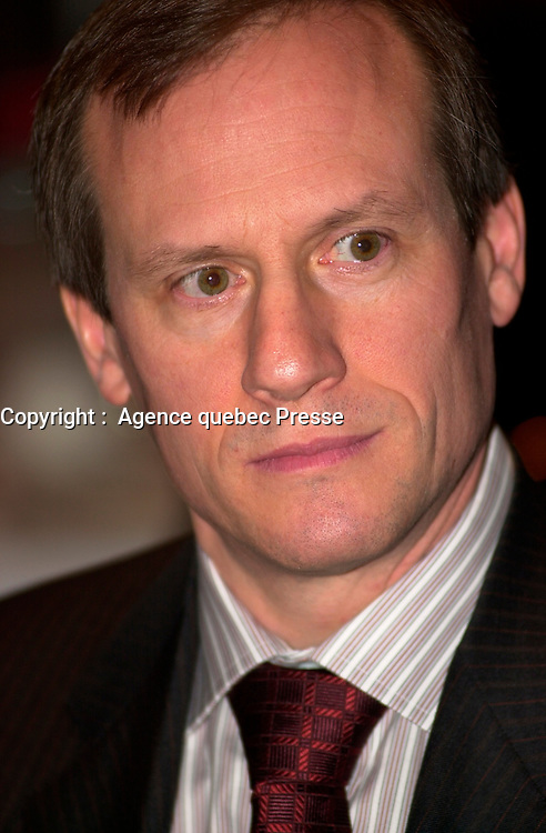Jan 27 2004, Montreal, Quebec, Canada<br /> <br /> COGECO CEO Louis Audet adress the Montreal Board of Trade, about `` Internet, Pay  Per View Video and Consumers Growing Power ``, January 27 2004, in MOntreal, CANADA<br /> <br /> PHOTO :   :  Agence quebec Presse