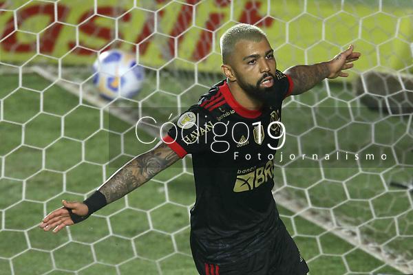 Santos (SP), 28.08.2021 - Santos-Flamengo - O jogador Gabriel comemora seu segundo gol. Partida entre Santos e Flamengo valida pela 18. rodada do Campeonato Brasileiro neste sábado (28) no estádio da Vila Belmiro em Santos.