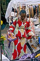 Mulher no Green Market. Cidade do Cabo. África do Sul. 2007. Foto de Cris Berger.