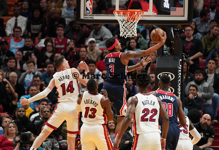 Bradley Beal (G, Washington Wizards, #3) setzt sich durch - 22.01.2020: Miami Heat vs. Washington Wizards, American Airlines Arena