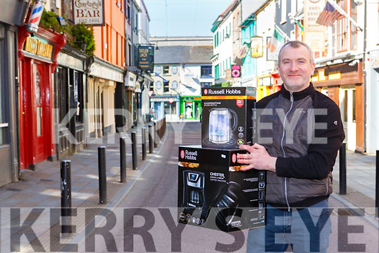Stephen O'Leary Killarney from O'Leary's electrical has donated TV, coffee maker and kettles to the Covid 19 UHK fundraiser