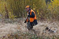 Europe/France/Centre/41/Loir-et-Cher/Sologne/Env de Bracieux: Lors d'une Chasse en battue - Auto N°: 2012-4103 // Europe/France/Centre/41/Loir-et-Cher/Sologne/Near Bracieux:  During a Hunting in beat- Auto N°: 2012-4103