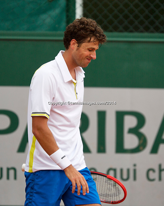 France, Paris, 28.05.2014. Tennis, French Open, Roland Garros, Robin Haase (NED) is frustrated<br /> Photo:Tennisimages/Henk Koster