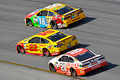 Monster Energy NASCAR Cup Series<br /> Toyota Owners 400<br /> Richmond International Raceway, Richmond, VA USA<br /> Sunday 30 April 2017<br /> Joey Logano, Team Penske, Shell Pennzoil Ford Fusion and Matt Kenseth, Joe Gibbs Racing, Circle K Toyota Camry and Kyle Busch, Joe Gibbs Racing, M&M's Toyota Camry<br /> World Copyright: Nigel Kinrade<br /> LAT Images<br /> ref: Digital Image 17RIC1nk12504