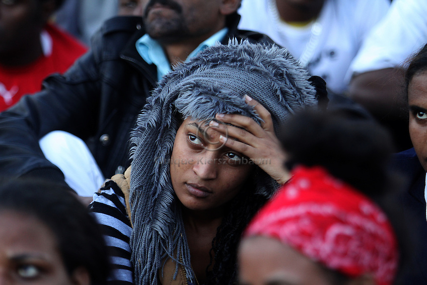 African refugees are seen during a demonstration in Tel Aviv. Thousends demonstrate asking to be recognized as asylum seekers. Photo: Quique Kierszenbaum