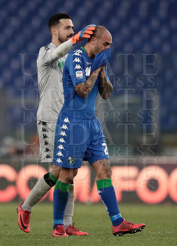 Calcio, Serie A: AS Roma - Sassuolo, Roma, stadio Olimpico, 30 dicembre 2017.<br /> Sassuolo's Andrea Consigli (l) greet Sassuolo's Paolo Cannavaro (r) at the end of the Italian Serie A football match between AS Roma and Sassuolo at Rome's Olympic stadium, 30 December 2017. <br /> Sassuolo and Roma drawns 1-1.<br /> UPDATE IMAGES PRESS/Isabella Bonotto